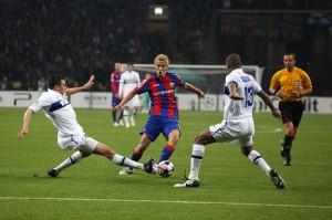 Keisuke Honda face à l'Inter Milan en Ligue des Champions