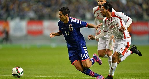 27/03/2015 Japon - Tunisie à Oita. Muto en action.